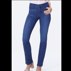NYDJ Marilyn Straight Jeans Lift Tuck Technology